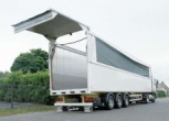 Semi trailer with walking floor- producer