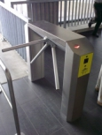 Universal turnstile designed for the control of entry and passage